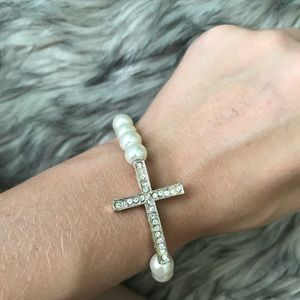 Pearl and Cross Bracelet